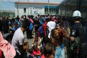 Τεταμένη η κατάσταση στη Μυτιλήνη μετά τις αιματηρές συγκρούσεις! (Photo)