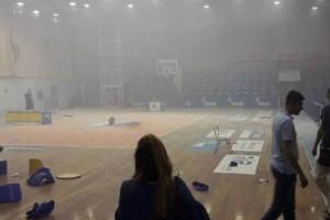Εικόνες ντοπιαστικής βίας σε αγώνα μπάσκετ στο Μαρκόπουλο! Τραυματίες ακόμα και παιδιά! (photos+video)