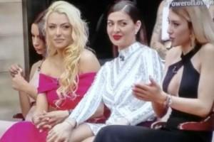 Power Of Love: Γλέντι στο Twitter: Το κράξιμο στην Άννα, το στήθος της Βίβιαν και ο Σωκράτης που προβληματίζει!