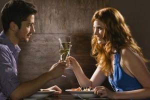 Αληθινή εξομολόγηση: Απατάω τον σύζυγό μου με έναν μικρότερο άντρα και δε το μετανιώνω!