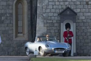 Η θλιβερή ιστορία της Jaguar με την οποία πήγαν Χάρι και Μέγκαν στο γαμήλιο πάρτι (video)