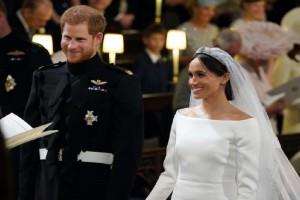 """""""Βάλτε τον βασιλικό γάμο στον κ... σας!"""" - Οι Βρετανοί που ξέσπασαν"""
