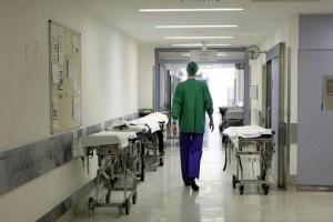 Δύσκολες στιγμές για γνωστή παρουσιάστρια: Στο νοσοκομείο ο...