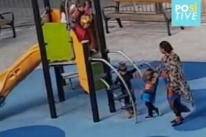 Βίντεο-σοκ: Εξάχρονα χτυπούν παιδάκι επειδή είναι μαύρο!