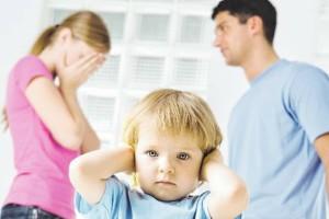 Γονείς σας αφορά: Διαβάστε και θα σταματήσετε αμέσως να τσακώνεστε μπροστά στα παιδιά σας!