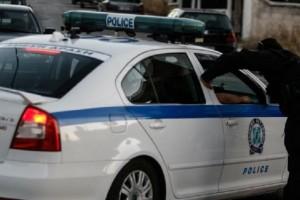 Στόχος εμπρηστών έγινε το αστυνομικό τμήμα Ασπροπύργου! - Δύο αυτοκίνητα κάηκαν!