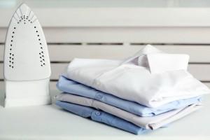 Ένα εύκολο και πρακτικό κόλπο για να καθαρίσεις ένα βρώμικο σίδερο!