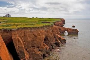 Το νησί που κατοικούν μόνο απόγονοι ναυαγών! (photos)