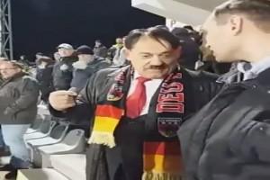 Μουντιάλ 2018: Ο Χίτλερ εμφανίστηκε στο γήπεδο! (video)