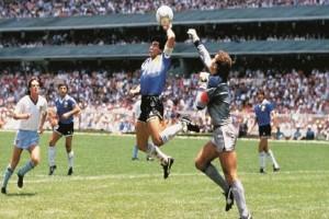 Σαν σήμερα στις 22 Ιουνίου το 1986: ο Ντιέγκο Μαραντόνα, το χέρι του Θεού και το γκολ του αιώνα!