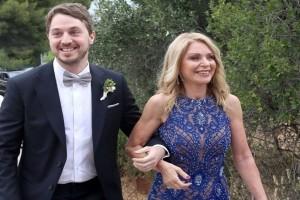 Σε πελάγη ευτυχίας η Έλλη Στάη! Τα πρώτα λόγια και οι ευχές για το γάμο του γιου της!