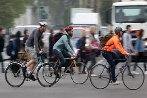 Άκρως πρωτοποριακό: Έρχεται το «έξυπνο» ποδηλατικό μπουφάν!