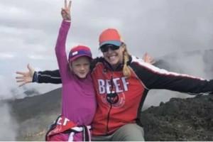 Συγκλονίζει η 7χρονη που ανέβηκε στο Κιλιμάντζαρο για τον νεκρό μπαμπά της!