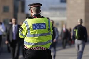 Τραγωδία στο Λονδίνο: Τρένο παρέσυρε και σκότωσε 3 ανθρώπους!