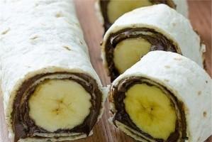 Σούσι με μπανάνα και πραλίνα σε 5 λεπτά!
