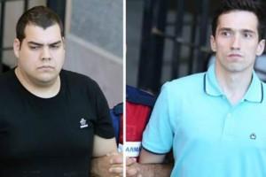 Νέες φωτογραφίες και βίντεο των Ελλήνων στρατιωτικών στο δικαστήριο! (photos & video)