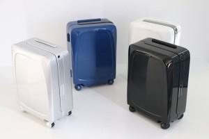 Άκρως πρωτοποριακό: Έρχεται η «έξυπνη» βαλίτσα που ακολουθεί τον κάτοχό της! (Video)