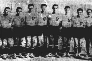 Σαν σήμερα στις 25 Ιουνίου το 1936 η εθνική μας ομάδα μπάσκετ έδωσε τον πρώτη διεθνή αγώνα!
