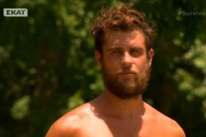 "Survivor 2: Τον έσφαξε με το... γάντι! Η απάντηση του Τσίλη στα ""καρφιά"" του Αγόρου για το αντιαθλητικό τράβηγμα! - ""Ήταν ένα βρώμικο παιχνίδι..."" (video)"