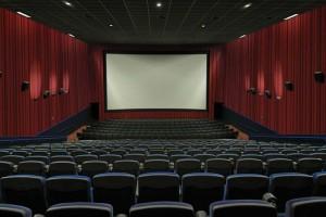 Σοκ: Αυνανιζόταν σε σινεμά την ώρα προβολής παιδικής ταινίας!