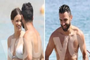 Γιώργος Τζαβέλλας: Ο πιο σέξι μπαμπάς! Με την αγαπημένη του για μπάνιο λίγο πριν τον ερχομό του μωρού τους!