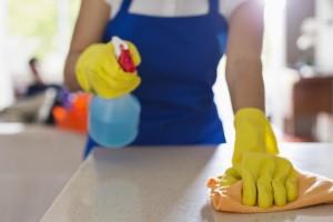 Κάθε πότε πρέπει να πλένετε τα πράγματα στο σπίτι σύμφωνα με έναν μικροβιολόγο!