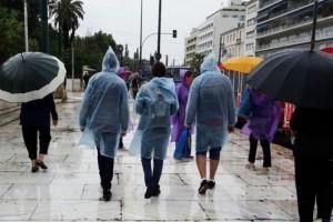 Συνεχίζεται η κακοκαιρία: Πτώση της θερμοκρασίας και καταιγίδες!