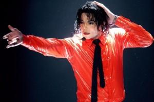 Πώς θα ήταν ο Michael Jackson χωρίς τις πλαστικές εγχειρήσεις! (photos)