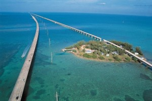 Η γέφυρα που περνάει πάνω από τον Ατλαντικό! (photos)