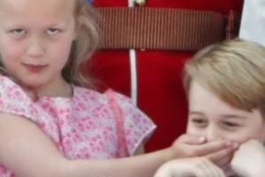 Το βίντεο με τον πρίγκιπα George στο στο μπαλκόνι του Buckingham που έγινε viral!