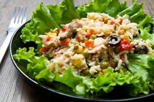 Φτιάξτε μία υπέροχη δροσερή και καλοκαιρινή ρυζοσαλάτα!