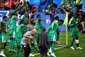Μουντιάλ 2018: Οι Σενεγαλέζοι χορεύουν στην προπόνηση! (video)
