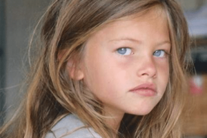Θα πάθετε πλάκα! Το πιο όμορφο κορίτσι του κόσμου μεγάλωσε και έχει γίνει ακόμα πιο όμορφο (photos)