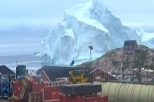 Σε συναγερμό η Γροιλανδία! - Τεράστιο παγόβουνο απειλεί χωριό! (Video)