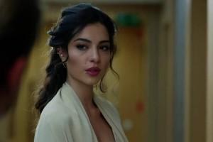 Kara Sevda: Η Ασού αναγκάζεται και αυτή να παίζει το παιχνίδι του Εμίρ! - Όσο θα δούμε στο σημερινό επεισόδιο!