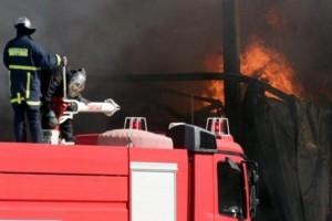 Πυρκαγιά σε εργοστάσιο χαρτοποιίας στο Βέλο Κορινθίας!