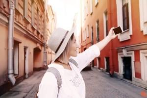 Σταμάτα να ανεβάζεις φωτογραφίες στο Instagram από τις διακοπές σου! Και αυτός είναι ο πολύ σοβαρός λόγος!