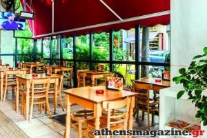 Το μαγαζί που αποτελεί στάση στο κέντρο της Αθήνας για λαχταριστό σουβλάκι!