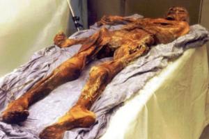 Τι έφαγε ο Ότζι, η παλαιότερη διατηρημένη μούμια του κόσμου πριν πεθάνει; (photos)