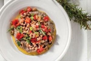 Θες υγιεινό και νόστιμο φαγητό; Φτιάξε μαυρομάτικα με πιπεριές Φλωρίνης