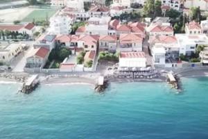 Δερβένι Κορινθίας: Το μέρος που κάθε σπίτι έχει την δική του...παραλία! (video)