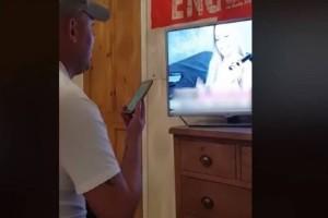 Επικό βίντεο: Θεούλης Άγγλος καλεί σε ροζ γραμμή για να φωνάξει... it's coming home!