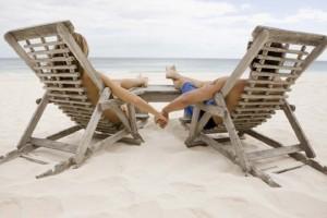 Θα κάνεις χωριστές διακοπές με τον σύντροφό σου; - Ποια είναι τα υπέρ και τα κατά για την σχέση σου!