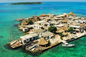 Το νησί που είναι μικρότερο από 1 km² και έχει 1200 κατοίκους