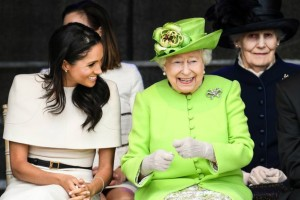 Η βασίλισσα Ελισάβετ συμπαθεί περισσότερο τη Μέγκαν από την... πριγκίπισσα Νταϊάνα!