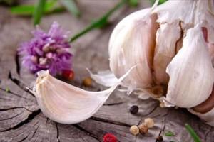 Κι όμως! Το σκόρδο έχει 7 μοναδικές ιδιότητες για την υγεία