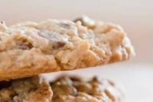 Μπισκότα με βρώμη και σοκολάτα