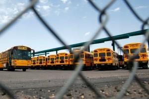 Τραγωδία: Κοριτσάκι τριών ετών πέθανε ξεχασμένο σε σχολικό λεωφορείο!