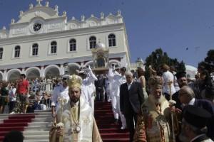 Η φωτογραφία της ημέρας: Δεκαπενταύγουστος στην Παναγίας της Τήνου!