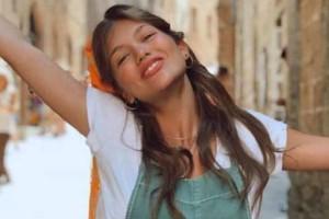 """Κλέλια Ανδριολάτου: Η """"αναμαλλιασμένη"""" φωτογραφία σαν """"όνειρο""""!"""